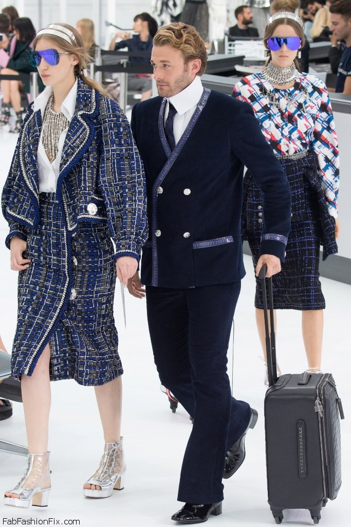 Chanel Spring Summer 2016 Luggage 4